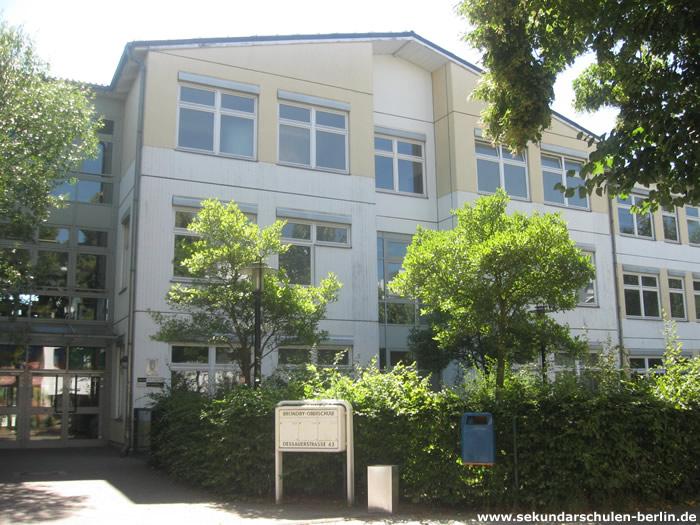 Bröndby-Schule Eingang