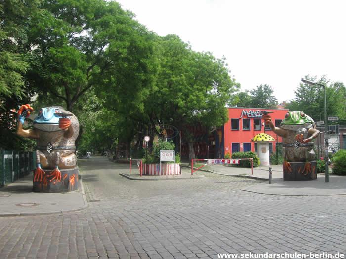 Eingang Campus Rütli