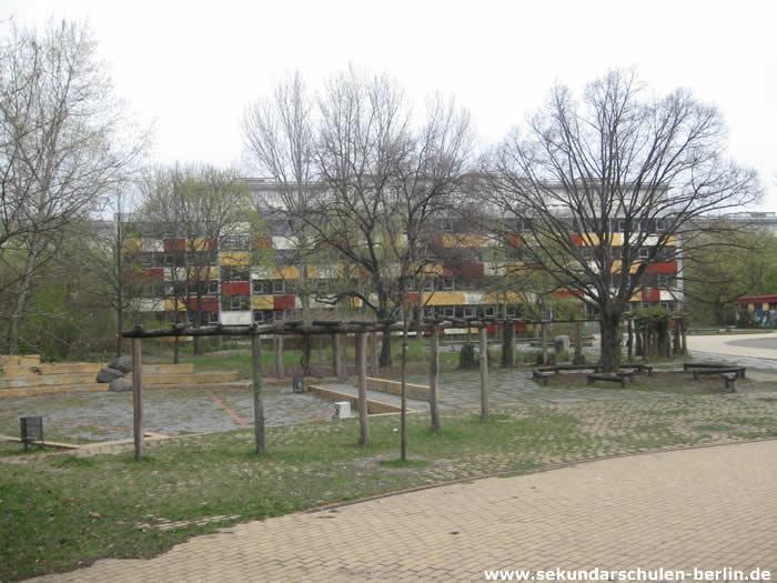Ellen-Key-Oberschule Schulhof