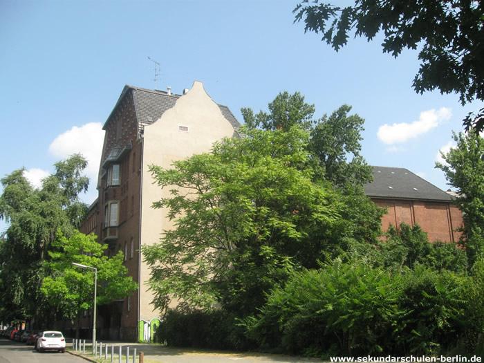 Heinrich-von-Stephan-Schule Seitenansicht