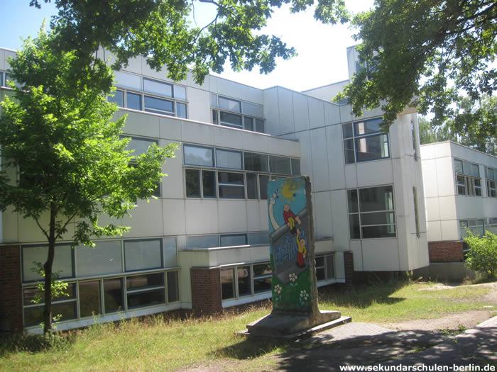 John-F.-Kennedy-Schule - Berliner Mauer
