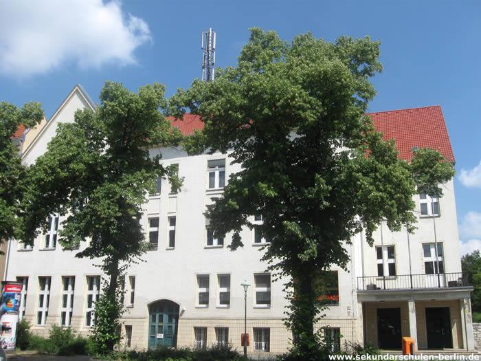 Max-Beckmann-Oberschule