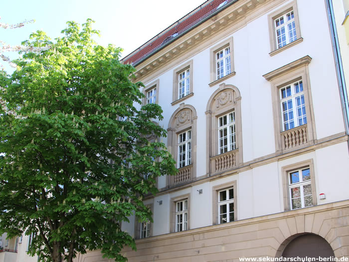 Elinor-Ostrom-Schule - Standort Mandelstraße