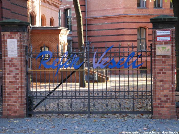 Refik-Veseli-Schule