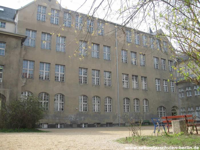 Schule am Rathaus Hof