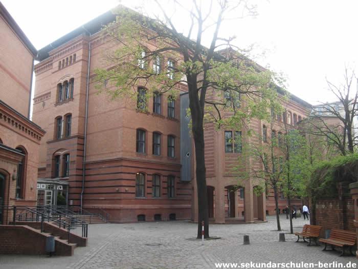 Sekundarschule Skalitzer Straße Schulhof
