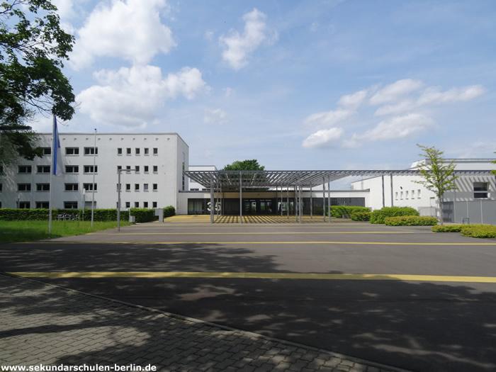 Eingang zum Schul- und Leistungssportzentrum Berlin